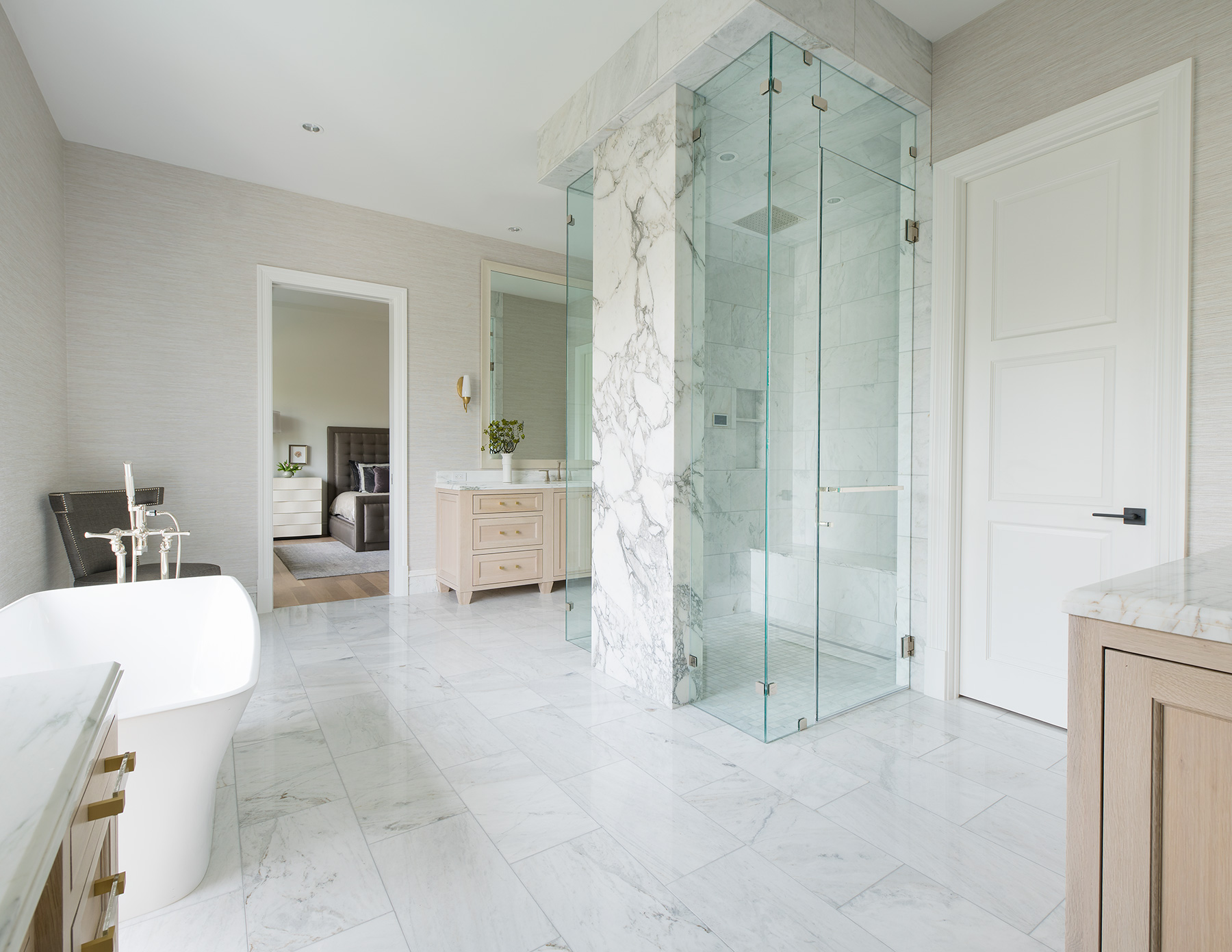 Master-bath-to-master-bed